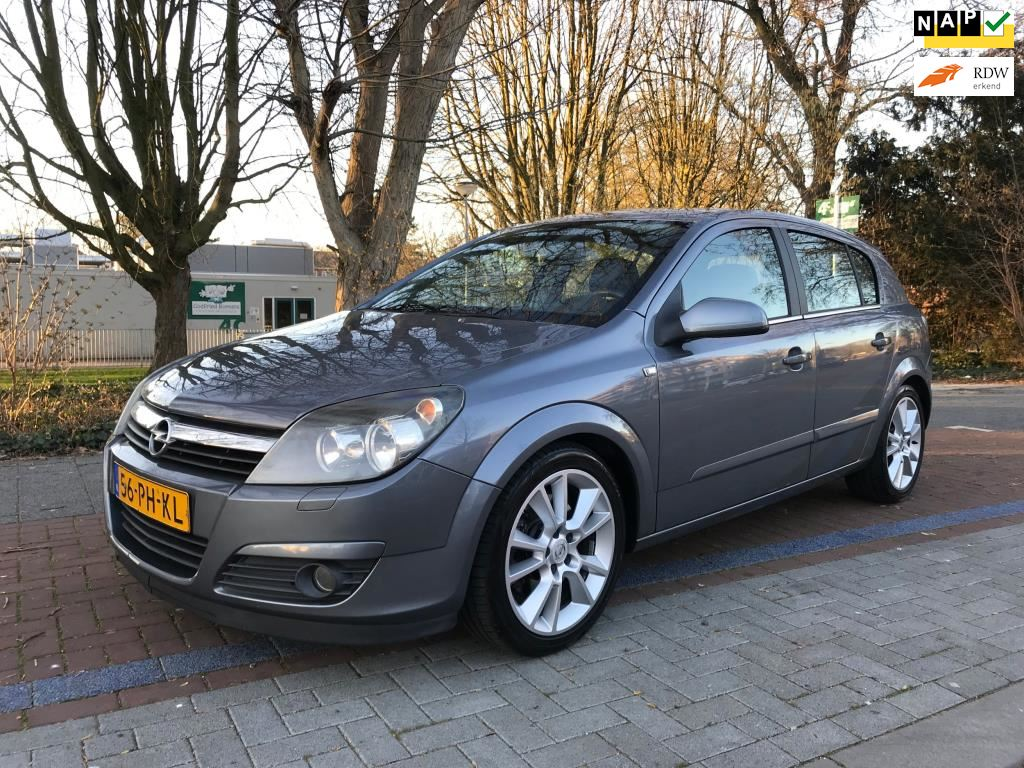 Opel Astra occasion - AMS Automotive