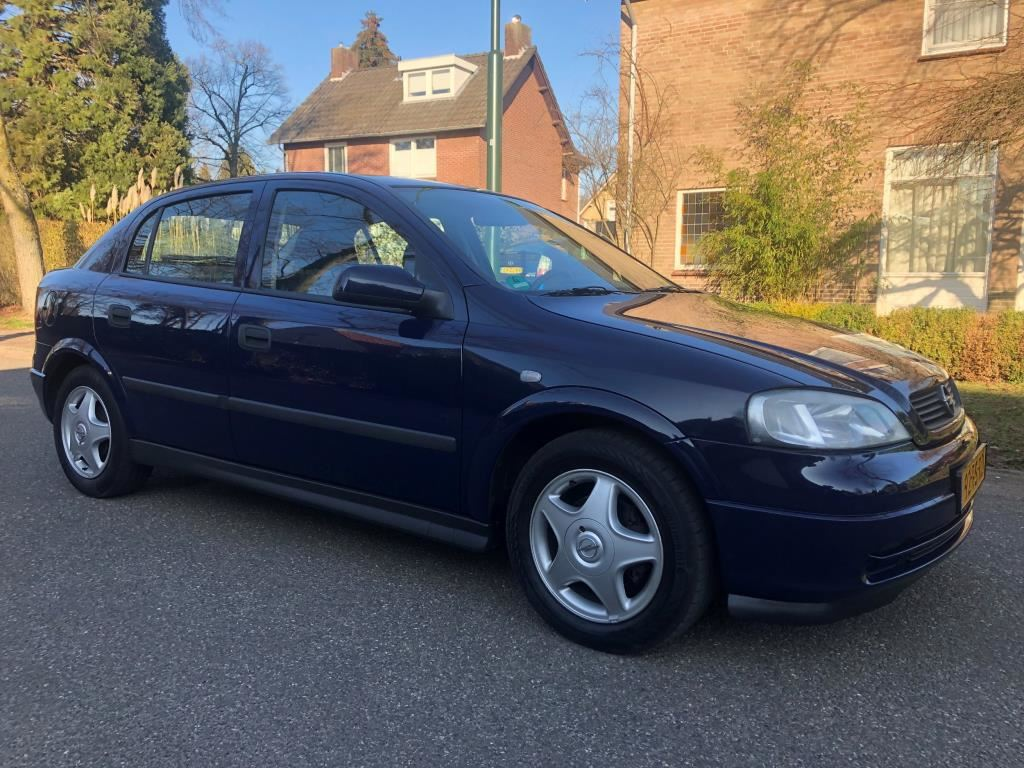 Opel Astra occasion - F. Klomp Auto's
