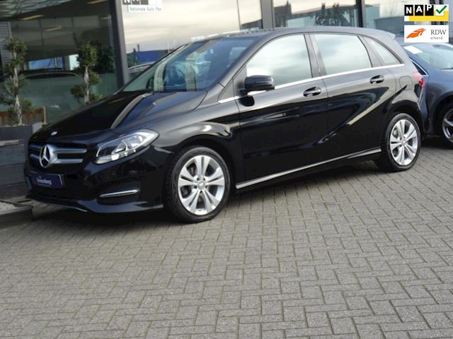Mercedes-Benz B-klasse 180 AUTOMAAT NW- TYPE (NAVI LED-VERLICHTING PDC- V+A CLIMATE CRUISE 38DKM!!)