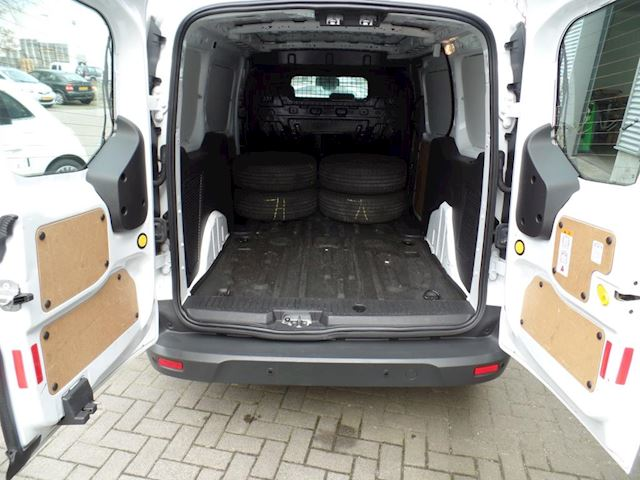 Ford Transit Connect 1.6 TDCI L2 Ambiente First Edition