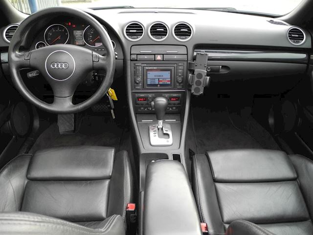 Audi A4 Cabriolet 3.0 V6 Exclusive Leder,Cruise,Clima