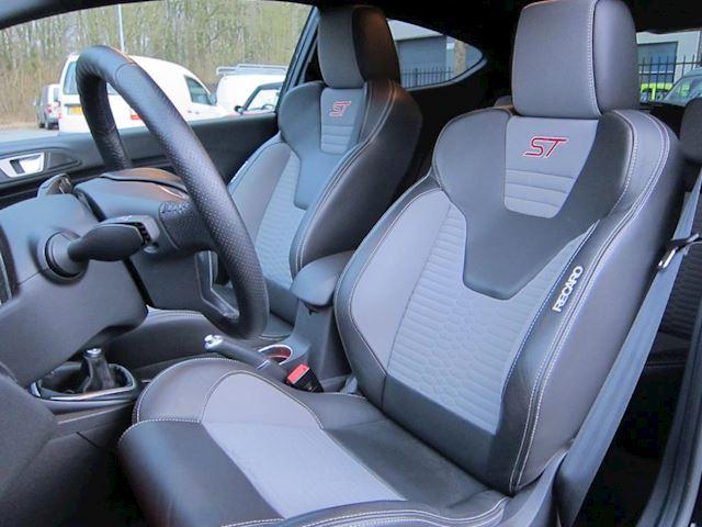 Ford Fiesta 1.6 ST2 RECARO LEDER CAMERA 38000 KM DEALERAUTO!!