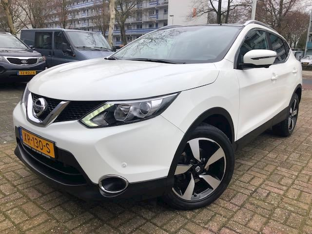 Nissan Qashqai 1.2 N-Connecta Navi/Camera/Panoramadak