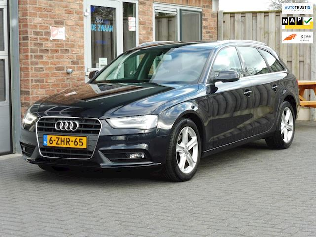 Audi A4 Avant 2.0 TDI Business Edition Automaat,XENON,17 INCH LMV