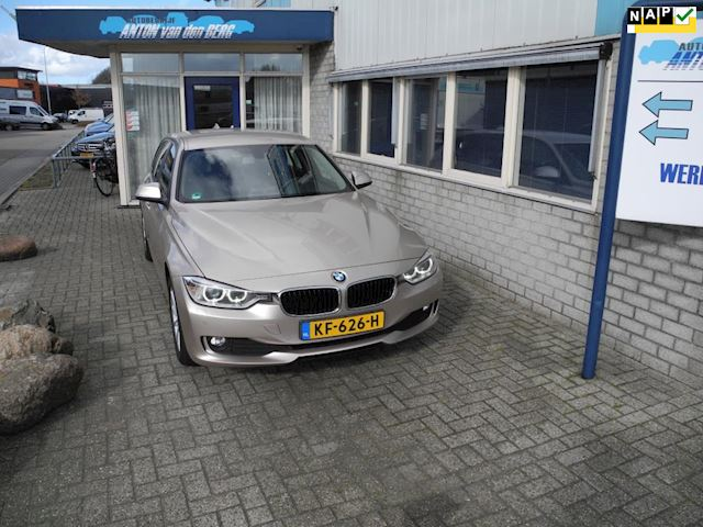 BMW 3-serie Touring 318d High Executive