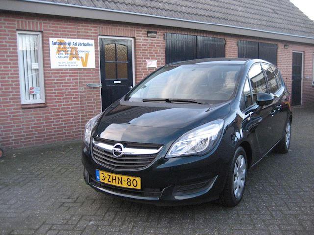 Opel 1.4I Berlin Nav. Tel. Trekh. Park.sensor Lage km