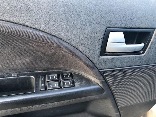 Ford Mondeo 2.0-16V Trend Ford Mondeo,nap,airco,automaat,