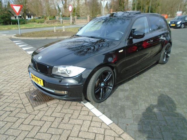 BMW 1-serie 123d Business Line