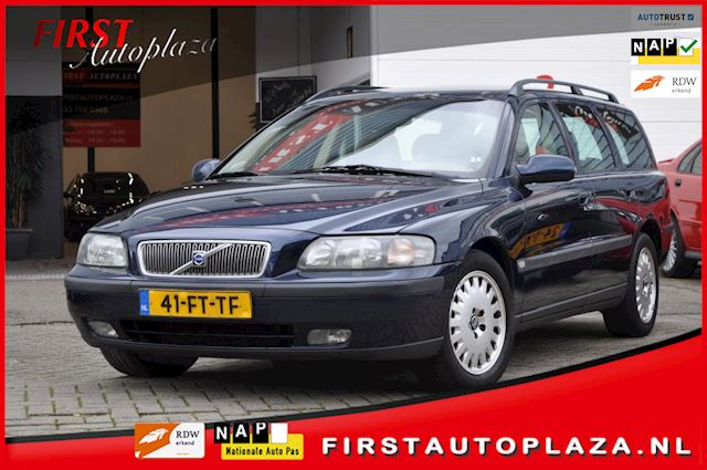 Volvo V70 2.4 Comfort Line AUTOMAAT AIRCO/CRUISE NETTE YOUNGTIMER !