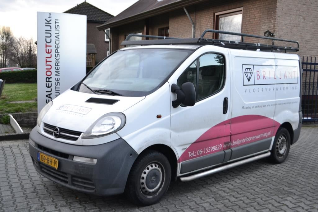 Opel Vivaro occasion - Dealer Outlet Cuijk b.v.
