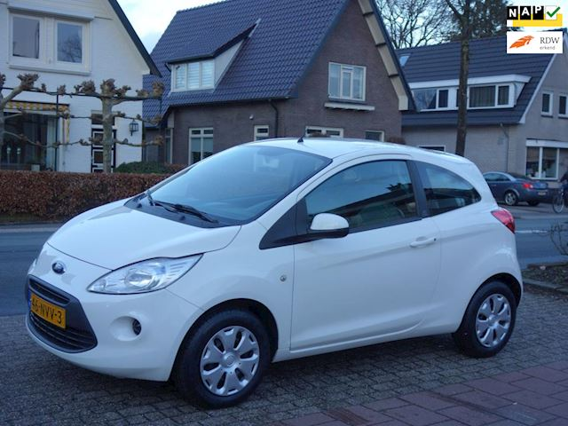 Ford Ka 1.2 Cool&Sound 94.000 km NAP dealer onderhouden.