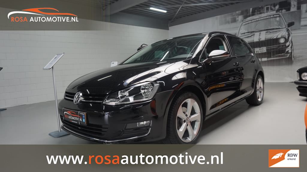 Volkswagen Golf occasion - Rosa Automotive