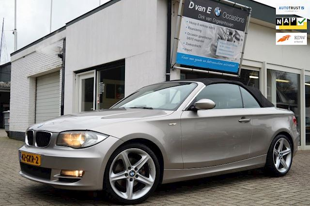 BMW 1-serie Cabrio 125i High Executive 3.0i AUT 2e eigenaar,sportleer,navi,trekhaak