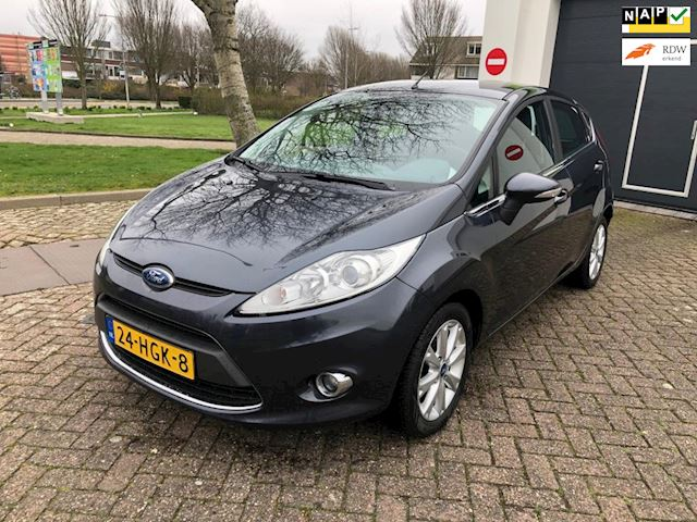 Ford Fiesta 1.25 Ghia Dealer ondehouden/Climate-C/Cruise-Control/Parkeersensor/Nap