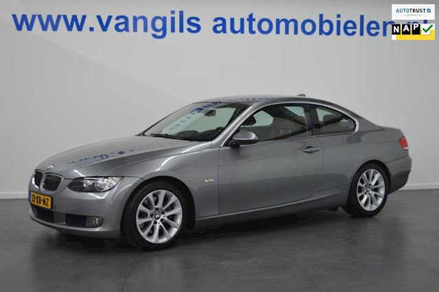 BMW 3-serie Coupé 325i High Executive Xenon, Leer, airco, Navigatie