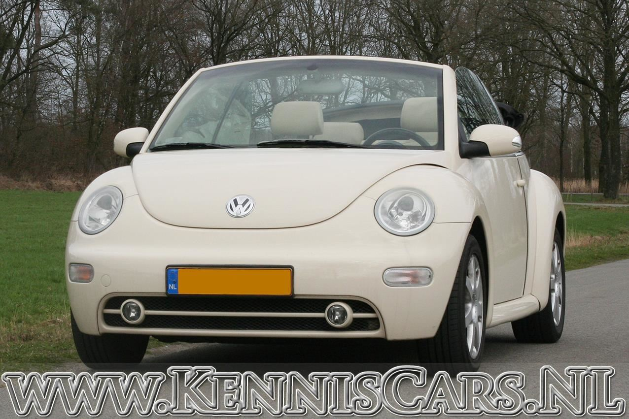 Volkswagen 2004 New Beetle 1.6 SR occasion - KennisCars.nl