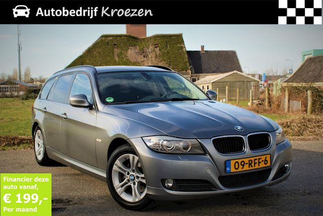 BMW 3-serie Touring 318i Corporate Lease Luxury Line * NL Auto * Dealer onderhouden * Facelift Model *