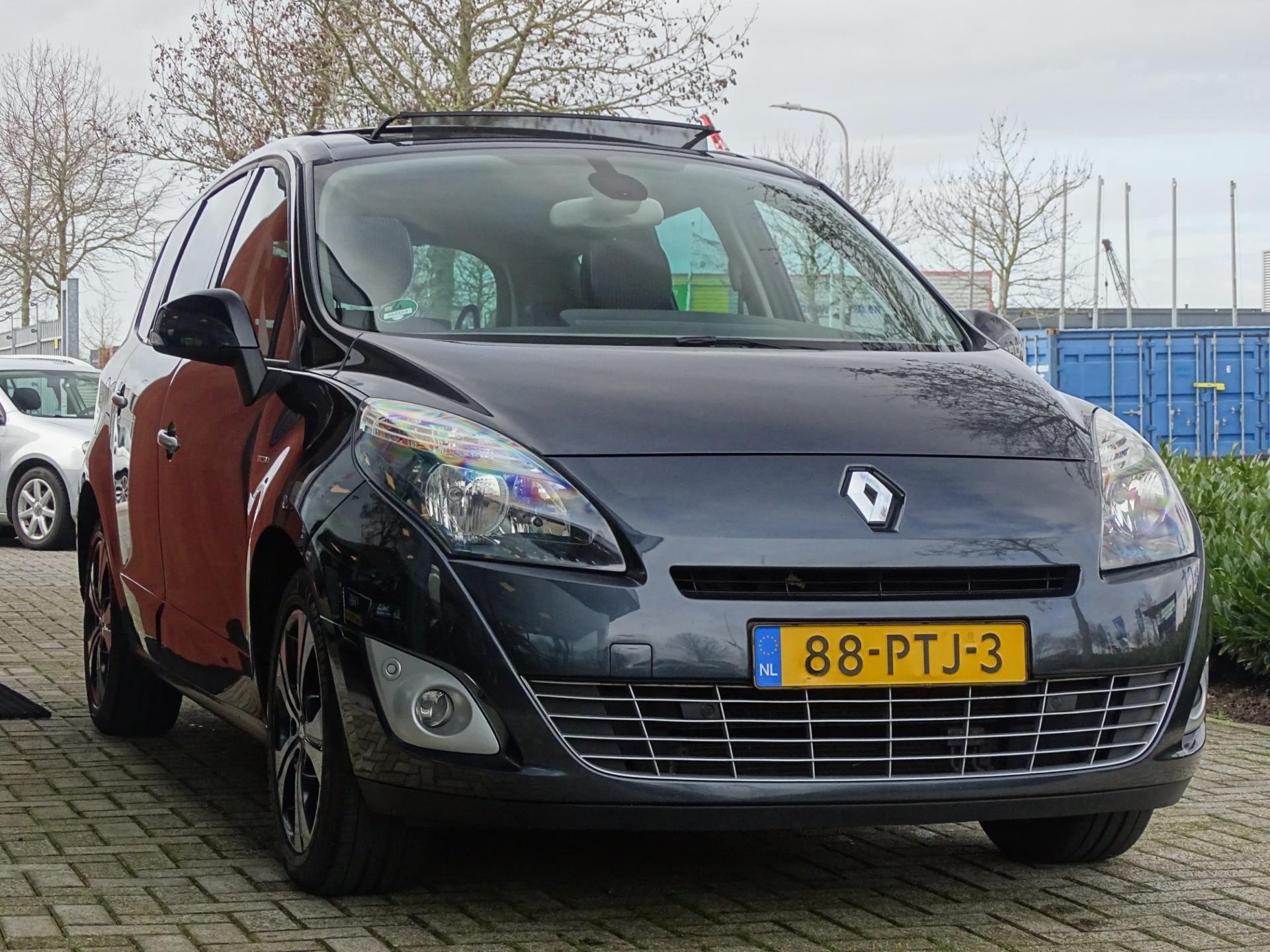 Renault Grand Scnic occasion - Autobedrijf van Gorkum