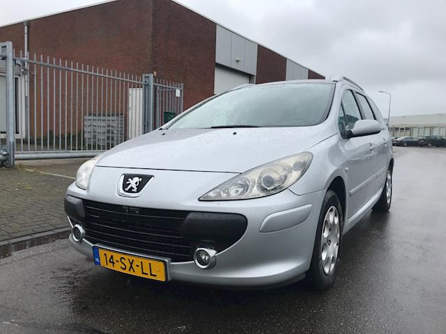 Peugeot 307 SW 1.6-16V / panorama dak / climate