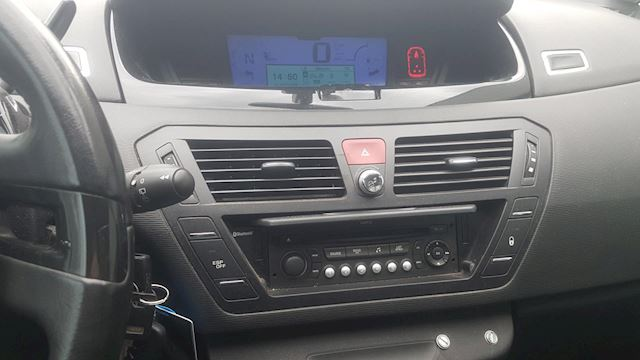 Citroen Grand C4 Picasso 2.0-16V Exclusive EB6V 7p.