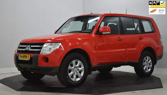 Mitsubishi Pajero 3.2 DI-D Instyle Automaat 7-persoons, clima,