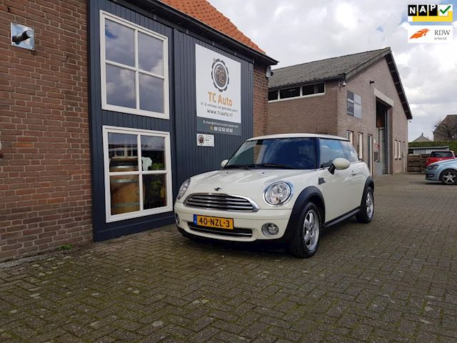 Mini Mini 1.6 Cooper Business Line  Kilometers N.A.P dealer onderhouden Airco