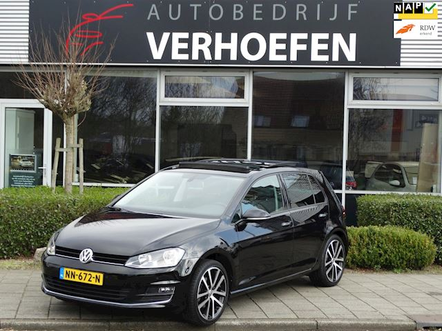 Volkswagen Golf 1.4 TSI Business Edition R Connected PANORAMA DAK - CLIMI CONTR - DEALER OND !