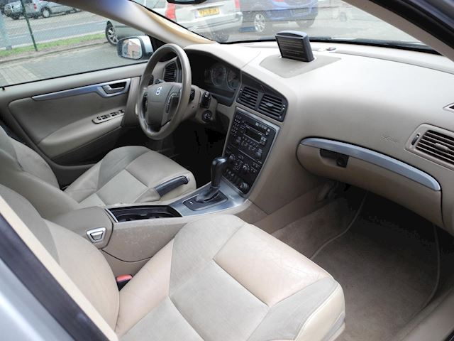 Volvo V70 2.4 T5 Summum geartronic. aut. i.z.g.st. Youngtimer