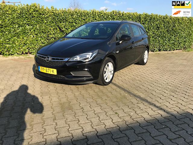 Opel Astra Sports Tourer 1.0 Online Edition
