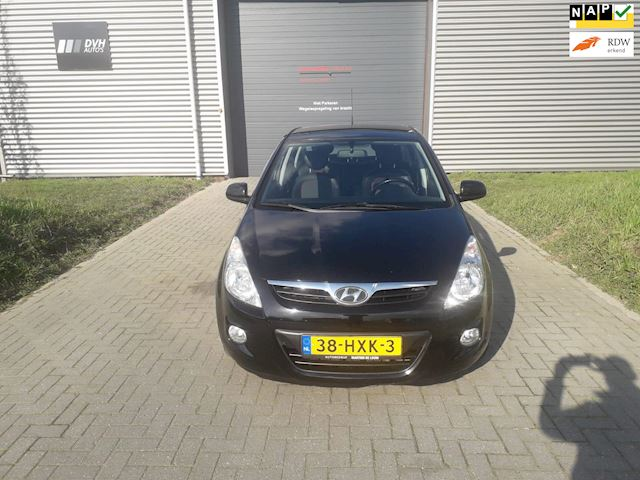 Hyundai I20 1.6 CRDi DynamicVersion