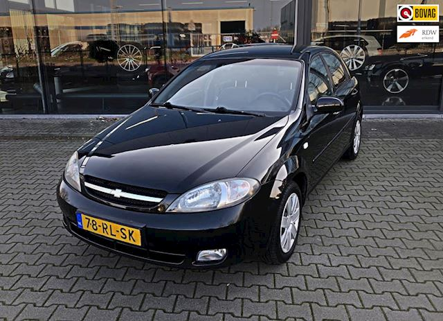 Chevrolet Lacetti 1.8-16V Style