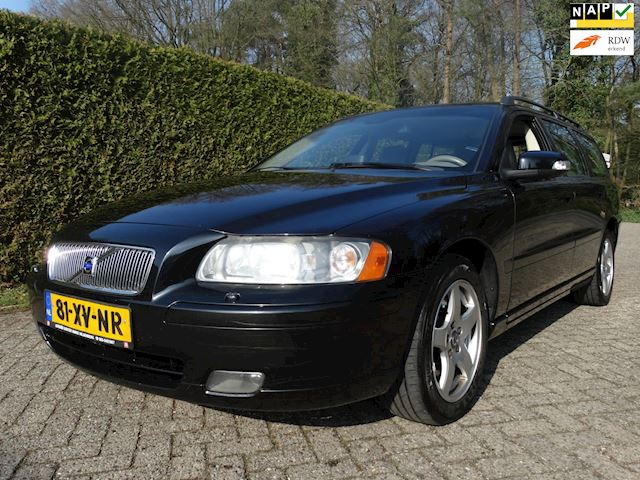 Volvo V70 2.4 D5 AWD Edition absoluut topstaat!!!