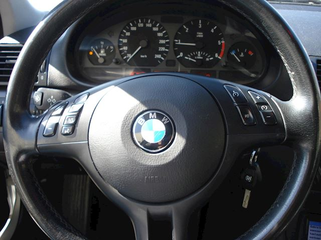 BMW 3-serie Touring 318d Black&Silver II goede staat