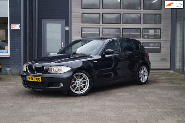 BMW 1-serie 123d High Executive / Navi / Leder / M-Pakket