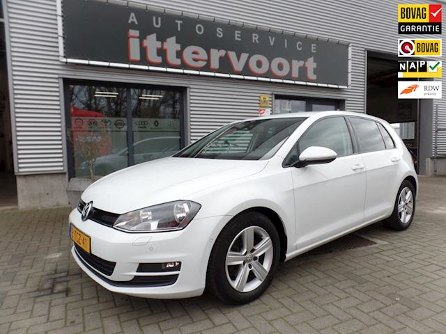 Volkswagen Golf 1.6 TDI Highline BlueMotion Euro 6