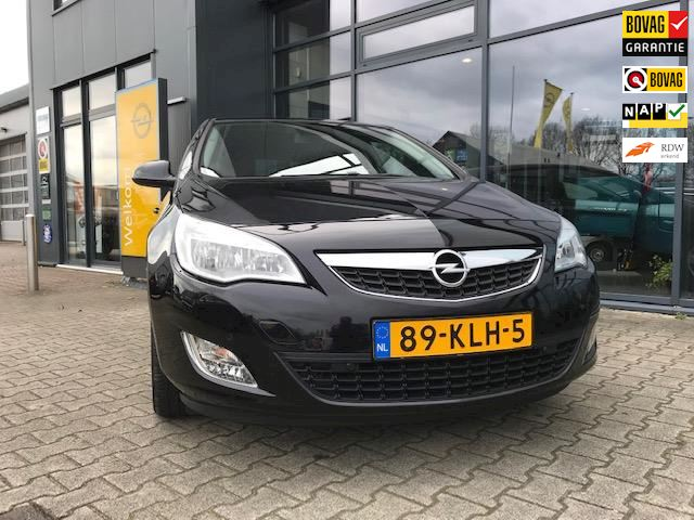 Opel Astra 1.6 Edition Black metallic
