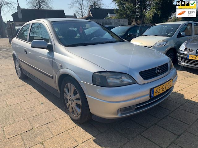 Opel Astra 1.6-16V Sport Edition Nwe APK!