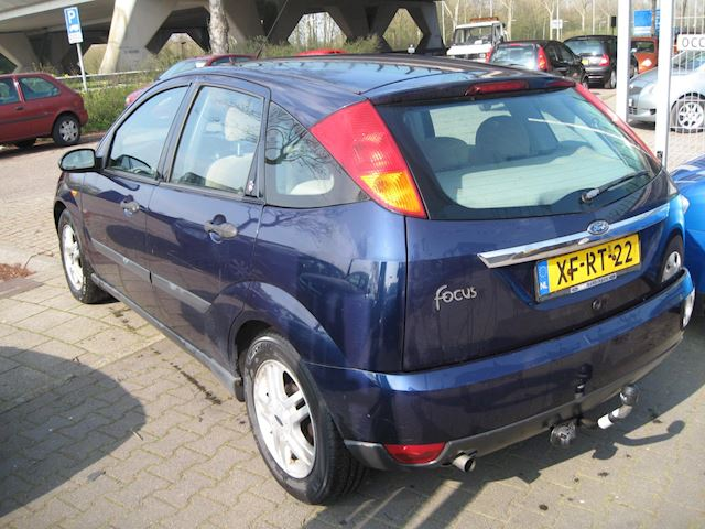Ford Focus 1.6-16V First Edition 5drs airco elek pak nap apk