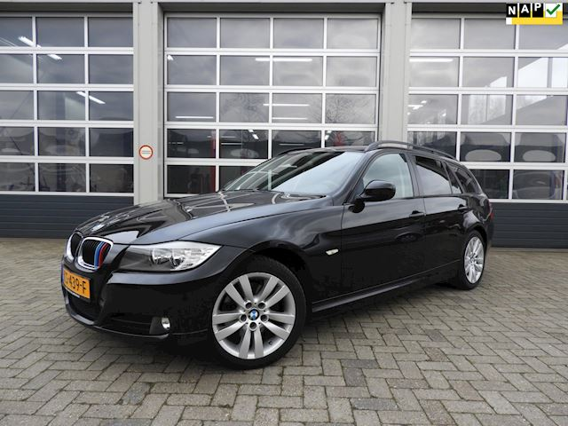 BMW 3-serie Touring 318d facelift