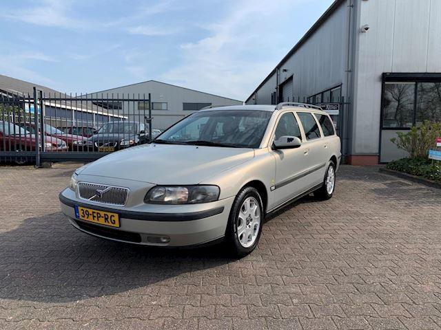 Volvo V70 2.4 T Geartr. C.L.