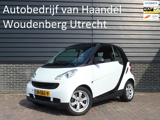 Smart Fortwo coupé 1.0 mhd Pure Airco LM Velgen