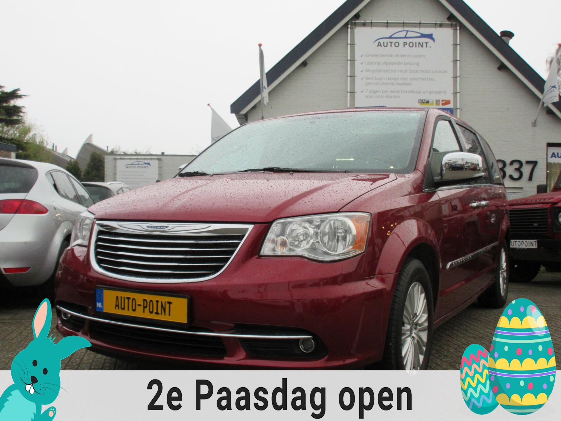 Chrysler Town  Country occasion - Auto Point