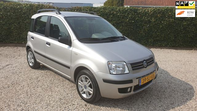 Fiat Panda 1.2 Emotion Automaat/Airco/Trekhaak