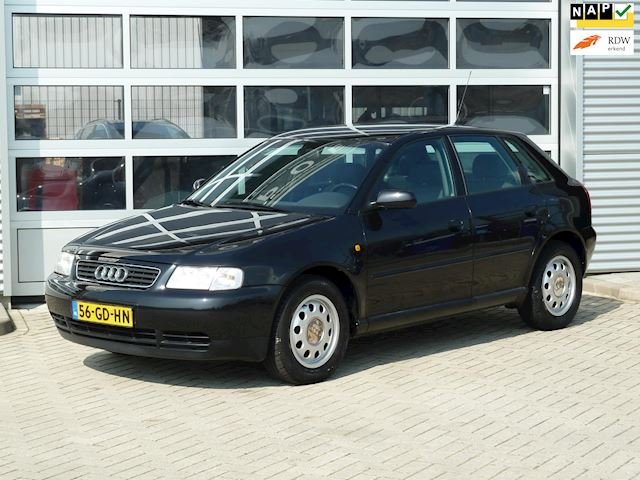 Audi A3 1.6 Attraction BJ.2000 5DRS | LAGE KMS