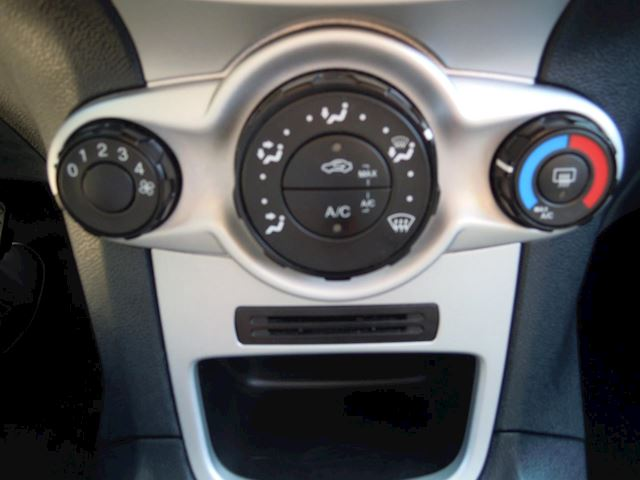 Ford Fiesta 1.6 TDCi ECOnetic Trend