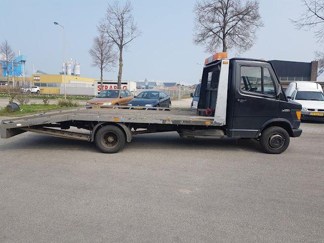 Mercedes-Benz 207 D