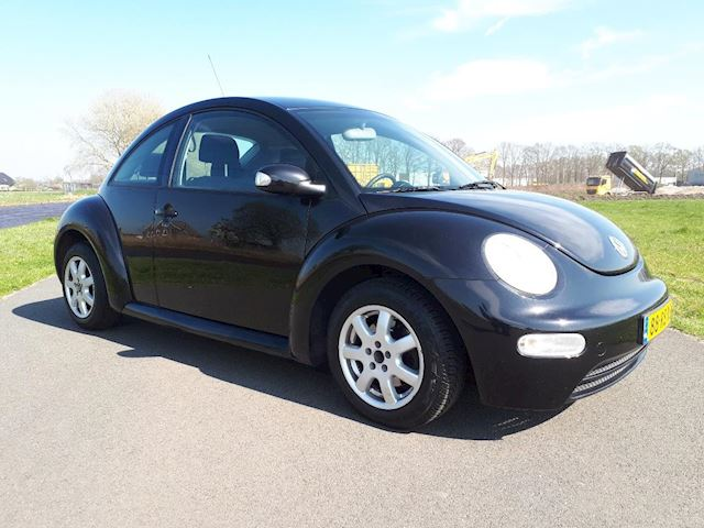 Volkswagen New Beetle 1.6 Highline MET VOL JAAR A.P.K.  AIRCO/ CRUISE CNTR.