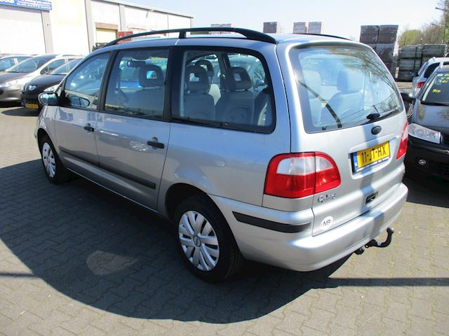 Ford Galaxy 2.0-8V Cool Edition Ford Galaxy 2.0-8V Cool Edition / 7 PERSOONS