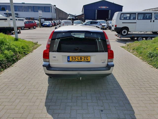 Volvo V70 2.4 D5 Geartronic Comfort Line automaat