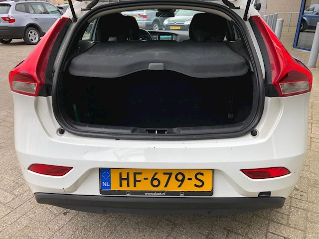 Volvo V40 2.0 D2 Kinetic Business Bj 2015 Exportprijs EX BTW EX BPM